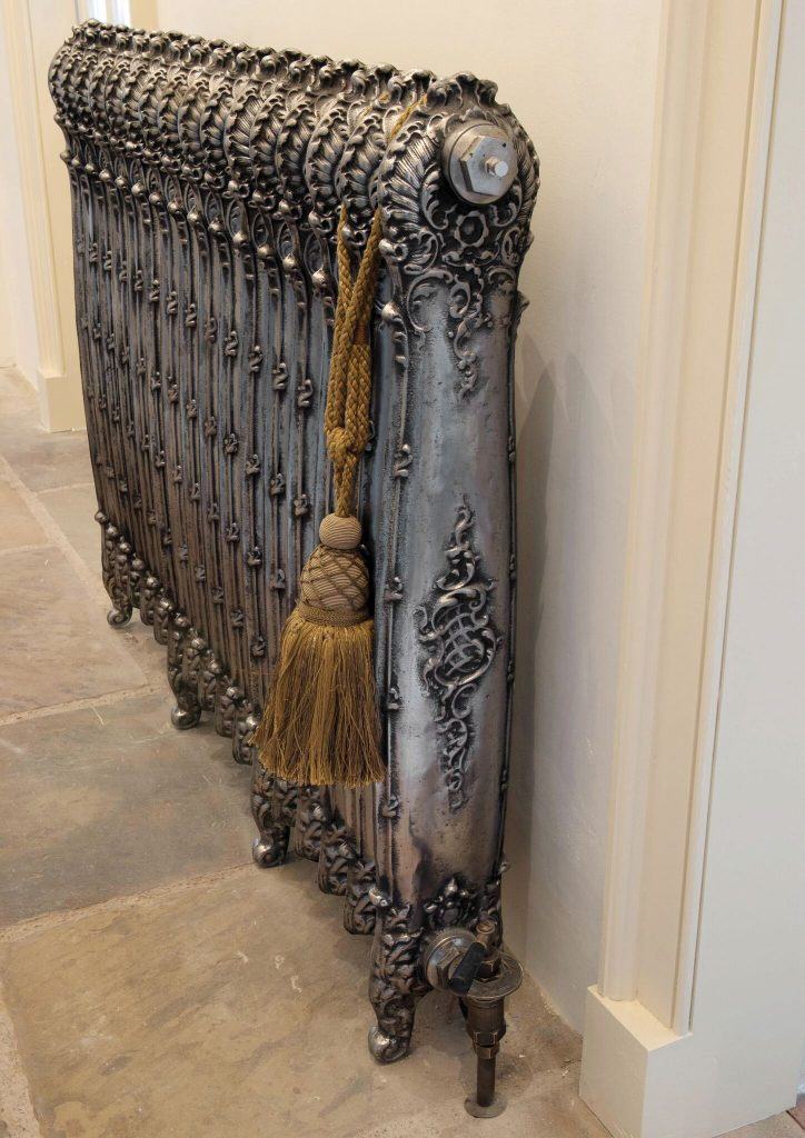 Antoinette Cast Iron Radiator side view